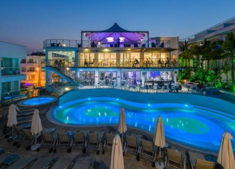 Pavasario atostogos saulėtame Kipre!